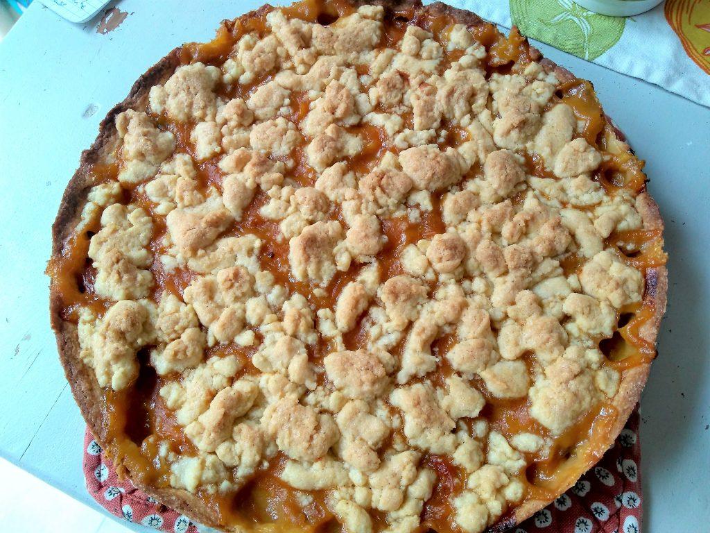 Streuselkuchen mit Mirabellen und Kardamom