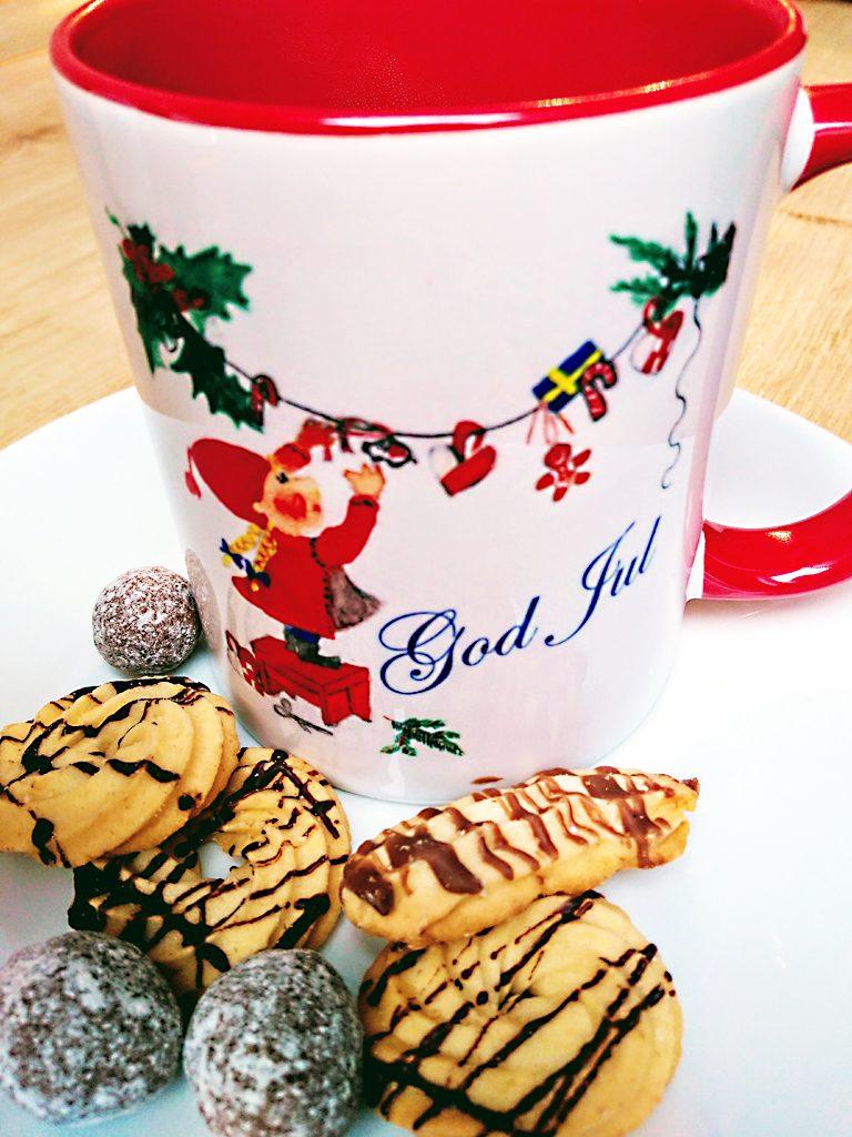 Frohe Weihnachten mit einer Wichtel-Tasse von Julclub
