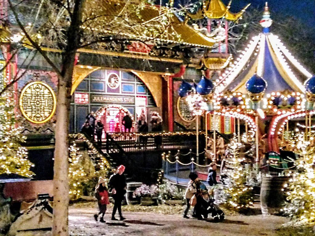 Kopenhagen_Tivoli_Köpenhamn_Kobenhavn_Weihnachten_Jul_julclub