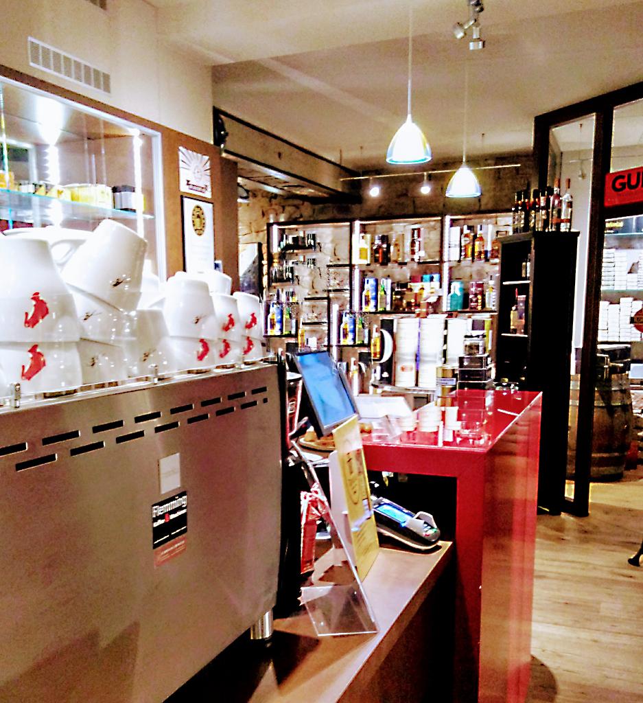 Zigarrenhaus_Berweiler_Wallerfangen_Cafe_Edle_Spirituosen_Kaffee