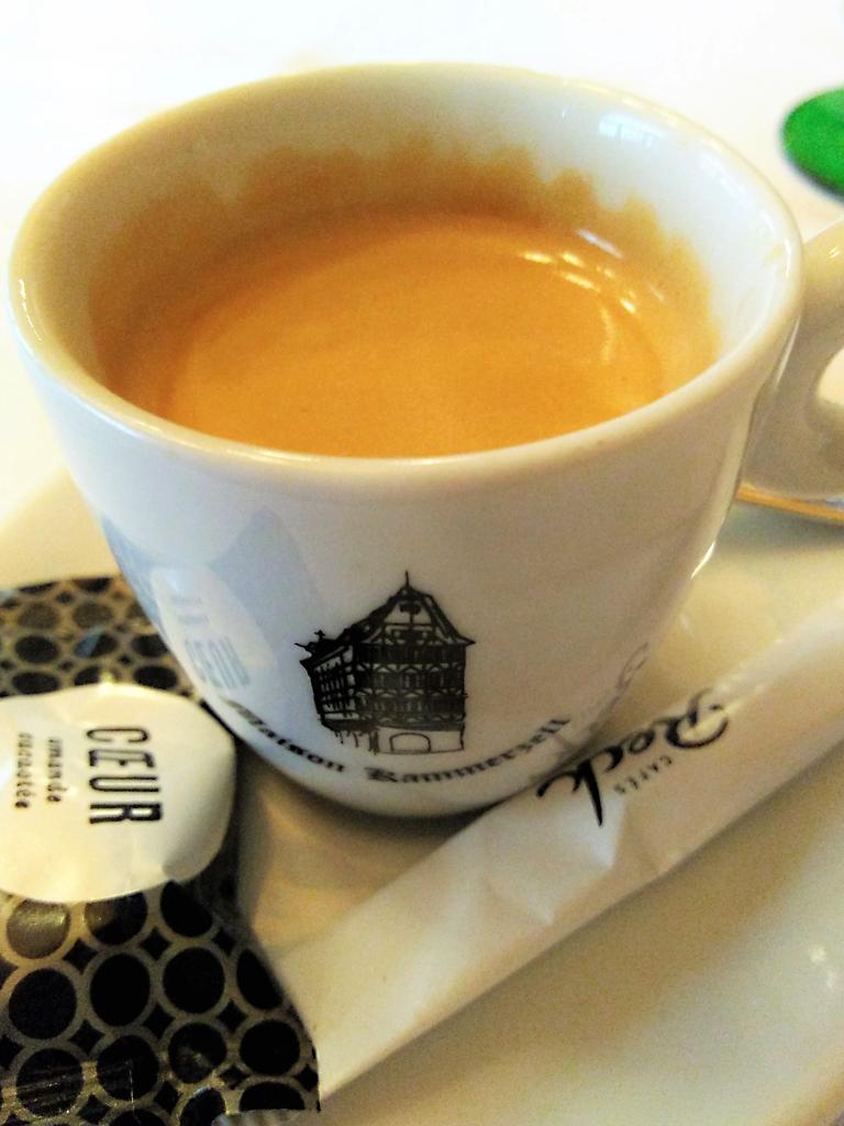 Strasbourg_Straßburg_Alsace_Elsass_Münster_Kathedrale_Maison_Kammerzell_espresso_cafe_tasse